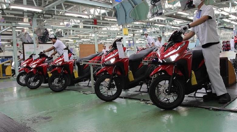 Industri Kendaraan Roda Dua, sumber Astra